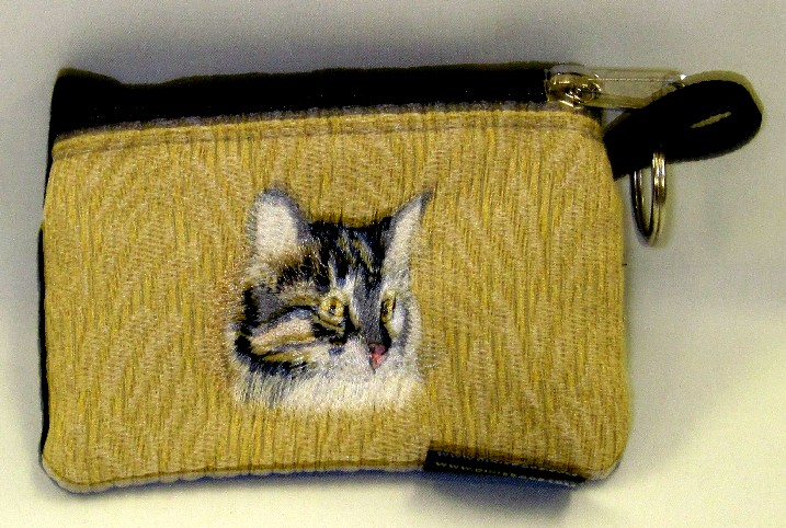 Mainecoon Cat on Tan Change Purse